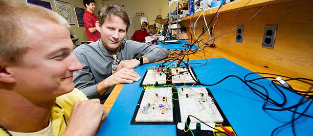 Electrical & Computer Engineering   Bagley College of Engineering Rotating Header Image
